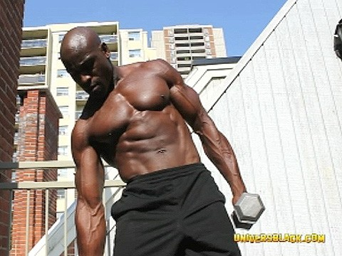 bodybuilded-muscled-black-7