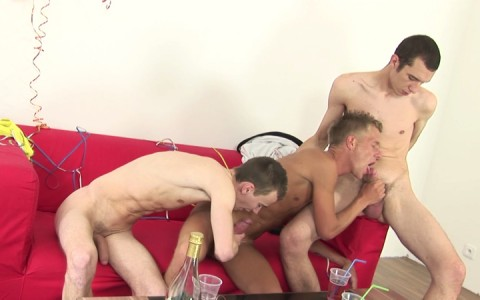 l14080-hotcast-gay-sex-porn-hardcore-videos-twinks-minets-jeunes-mecs-young-guys-006