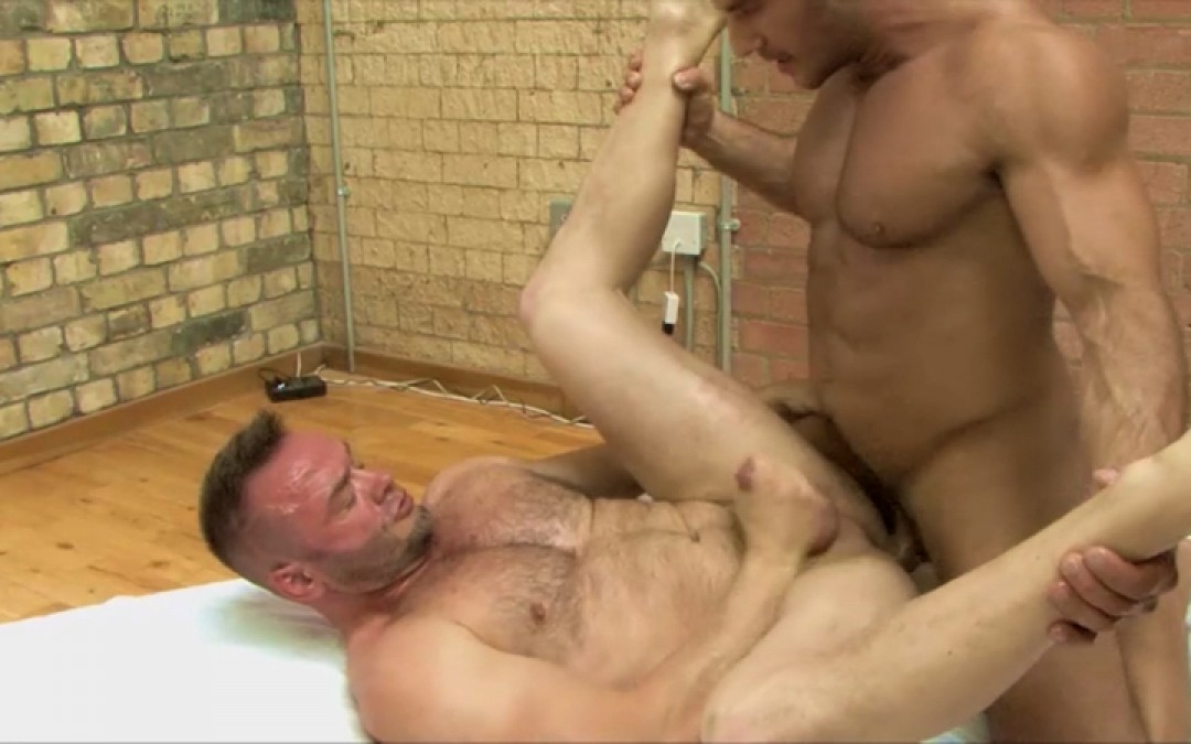 Gay Muscle Hard Fuck