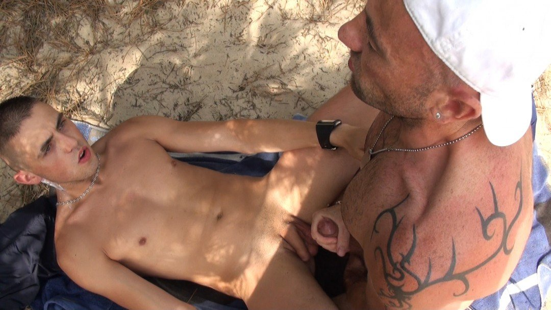 straight fucked in the public beach
