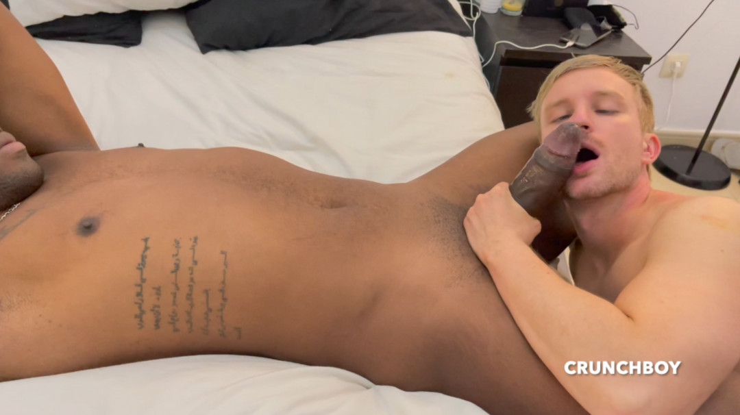 Alexis ATLANTE's fat ass kicked by Jay CARTER's 26 cm