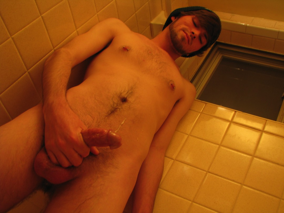 Wet And Sticky Fun In The Bathroom