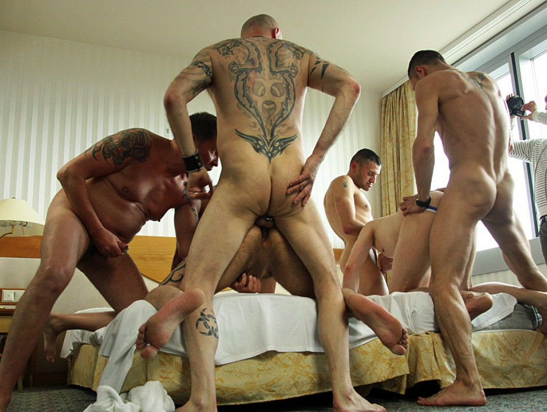 Truck drivers in orgy