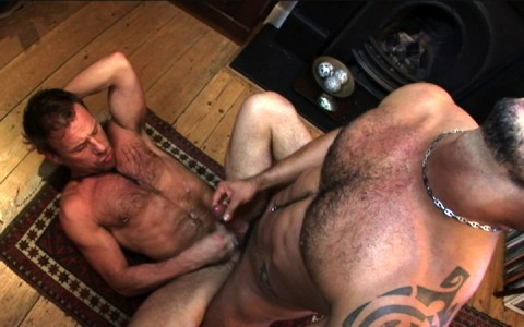 l7305-bolatino-gay-sex-porn-hardcore-latino-alphamales-out-on-the-hit-054