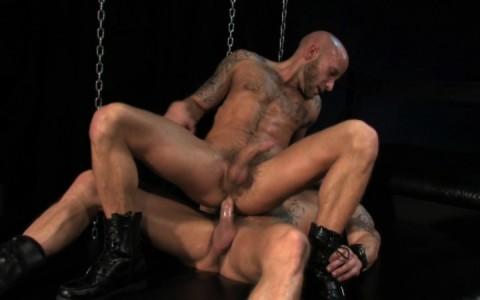 l09854-darkcruising-gay-sex-porn-hardcore-videos-hard-bdsm-fetish-darkroom-leather-rubber-skin-004