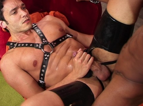 l7616-cazzo-gay-sex-porn-hardcore-videos-made-in-berlin-hard-cazzo-homo-punx-024