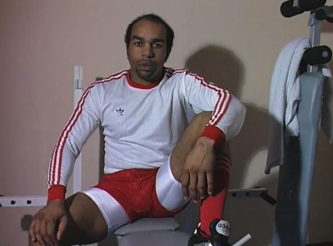 足球运动员和表演者