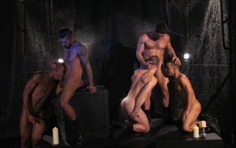 l09884-darkcruising-gay-sex-porn-hardcore-videos-bdsm-hard-fetish-darkroom-leather-rubber-skin-008