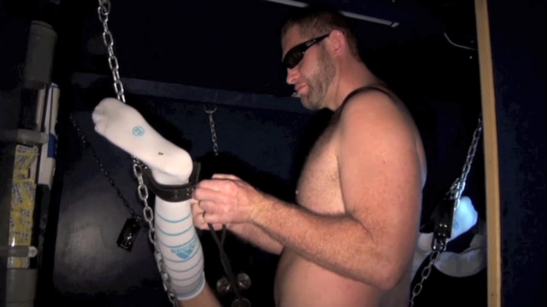 Sling fuck at the Thiers sauna