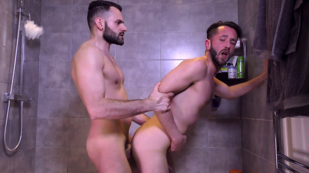 L18424 BULLDOG gay sex porn hardcore fuck videos twinks brit young lads sexy men xxl cocks 018
