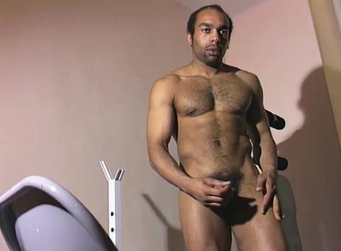 l01302-jnrc-gay-sex-porn-hardcore-videos-france-french-militaires-uniformes-pompiers-sportifs-branlette-solo-011