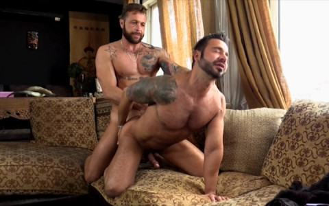 l12641-mistermale-gay-sex-porn-hardcore-videos-butch-hunks-muscles-studs-beefcakes-males-scruff-hairy-tatoo-039