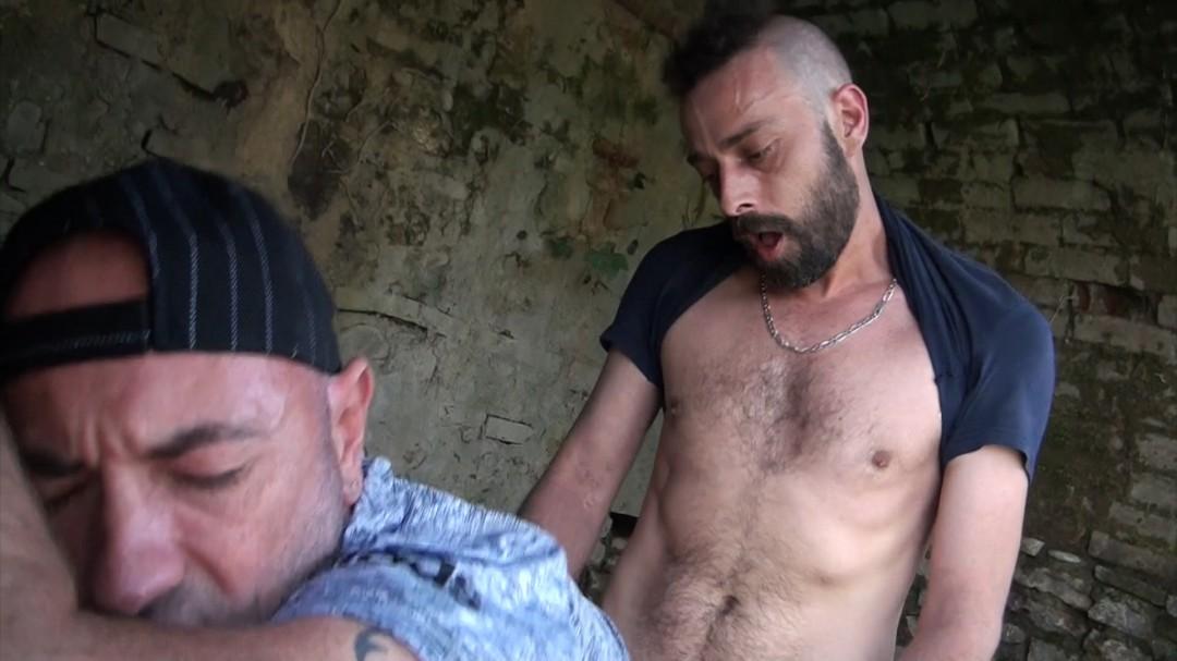 Bon plan Exhib a ALBI avec un barbu