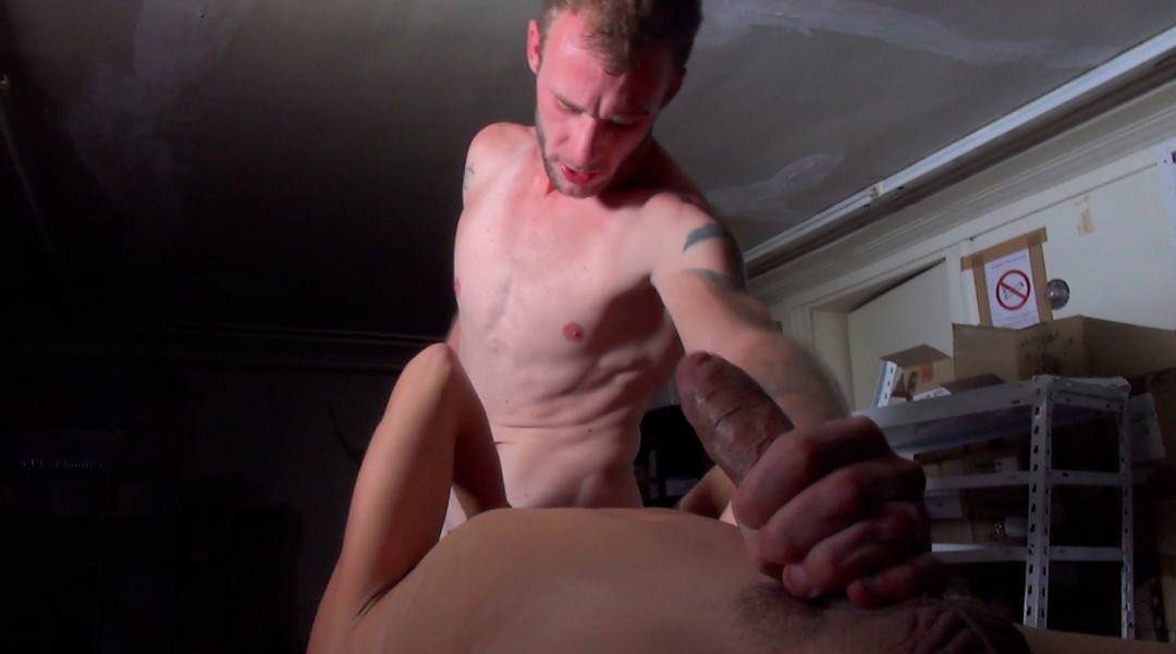 Nick Spears in slut mode submitted to Guillaume Wayne