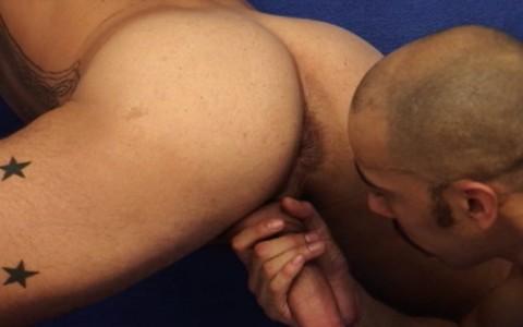 l7461-universblack-gay-sex-porn-black-out-on-the-con-013