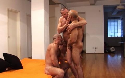l7458-darkcruising-gay-sex-porn-hard-fetish-bdsm-alphamales-out-on-the-con-009