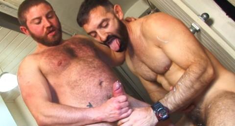 l6547-sketboy-gay-sex-porn-bear-macho-leather-hard-piss-jalif-sex-kitchen-024