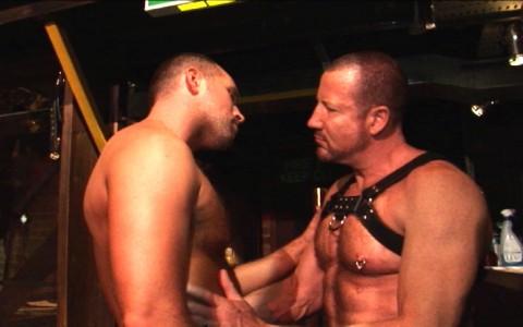 l7258-darkcruising-video-gay-sex-porn-hardcore-hard-fetish-bdsm-alphamales-hairy-hunx-003