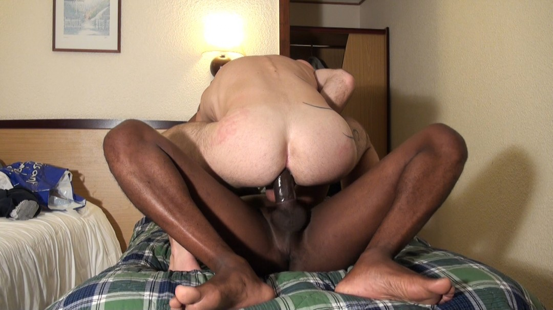 23 CM queue de black dans mon cul