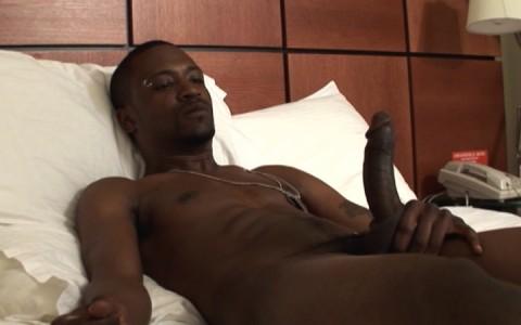 l3064-universblack-gay-sex-porn-hardcore-black-flava-flavamen-senior-year-007