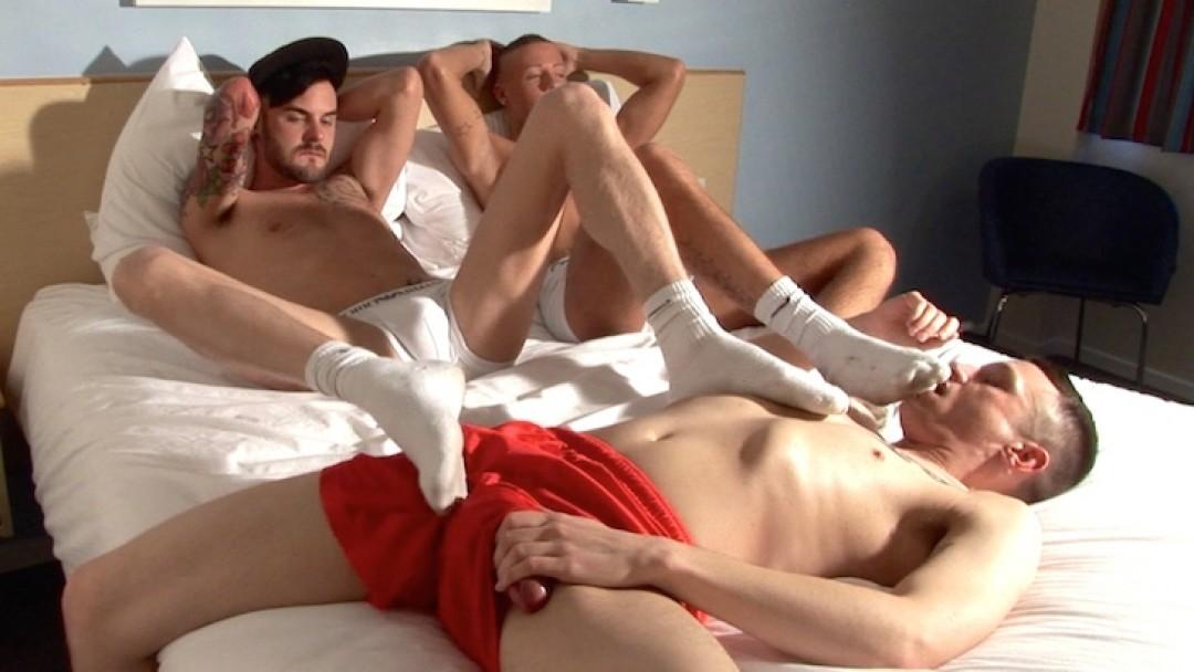 l6912-scottxxx-sketboy-sneaker-gay-sex