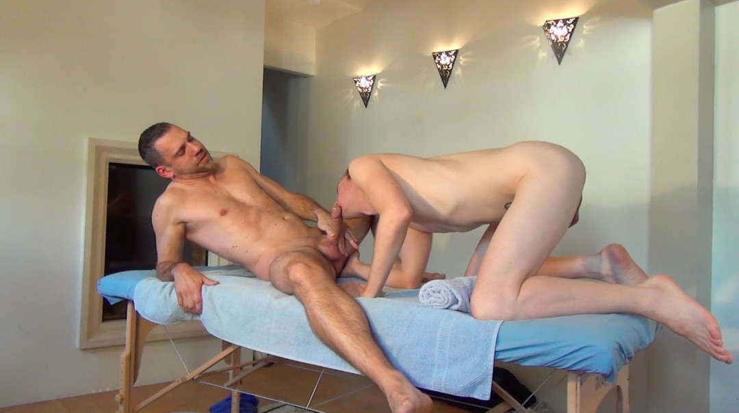 Austin Dallas, apprentice masseur, fucks Paul Burning