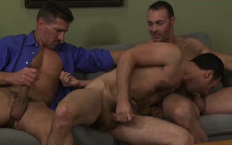 l16178-mistermale-gay-sex-porn-hardcore-fuck-videos-males-hunks-beefy-muscle-studs-hairy-daddies-scruff-01