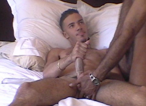 l6453-bolatino-gay-sex-08