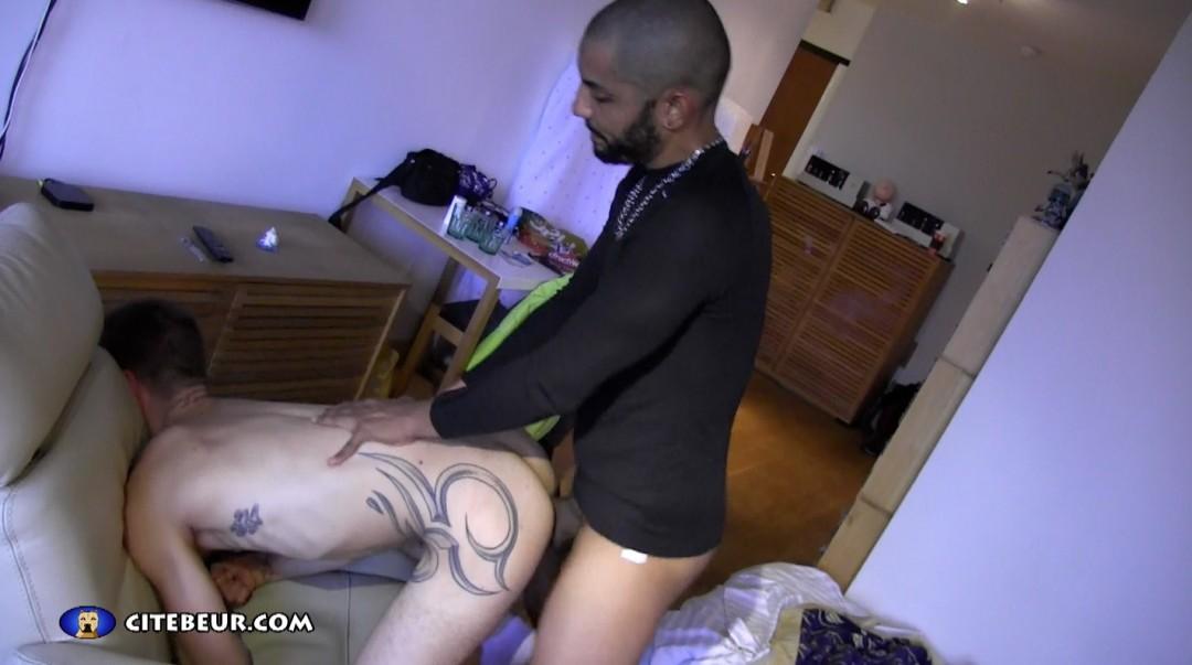 Roman likes Arabian cock