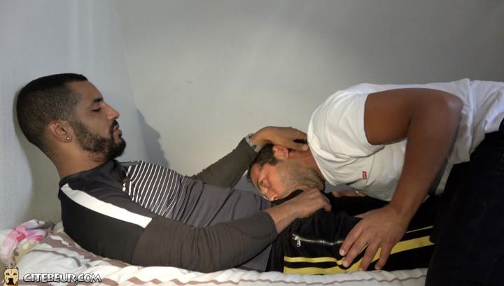 Two gay arab boys in heat