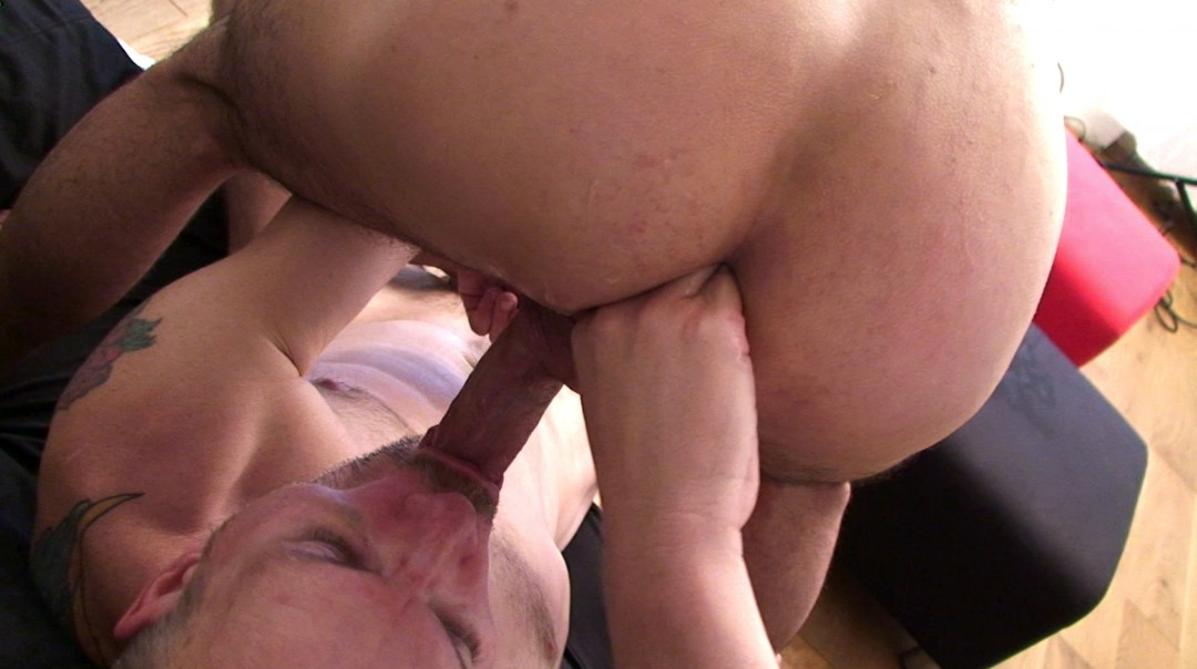 Come and fuck me hard!