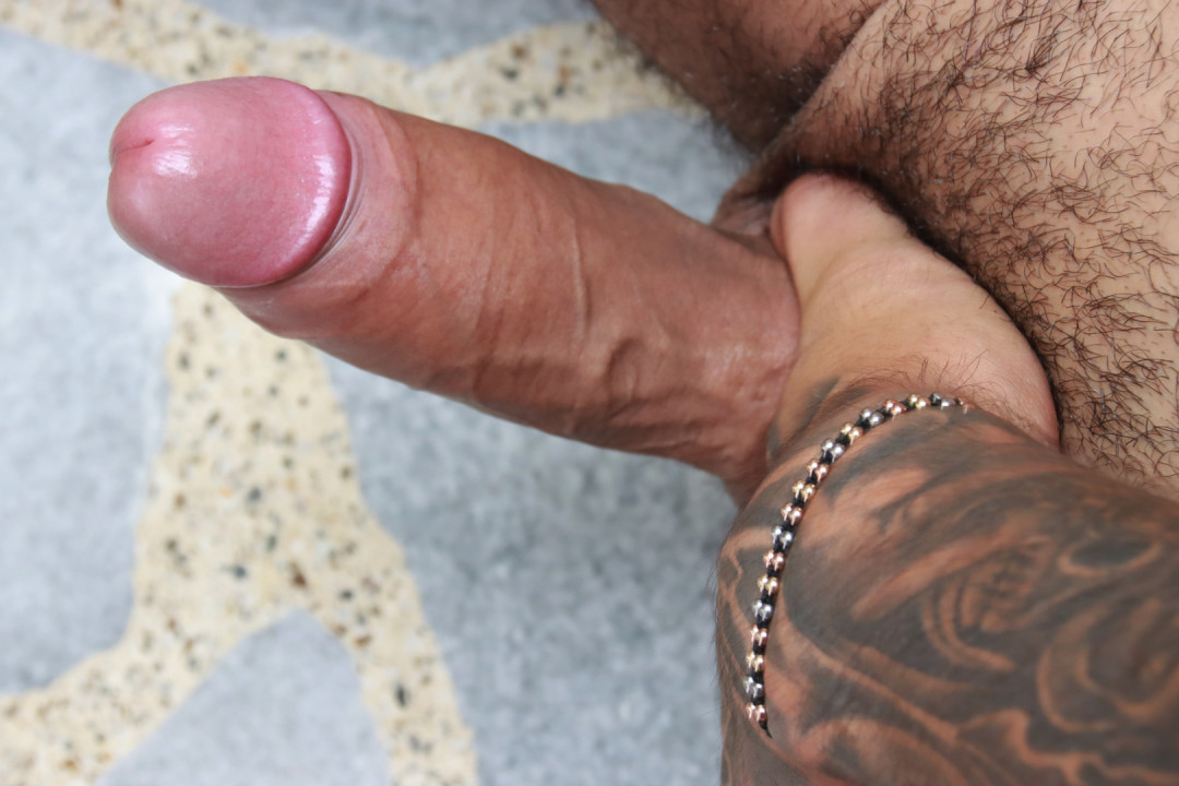 Hot latino stud addicted to stroking