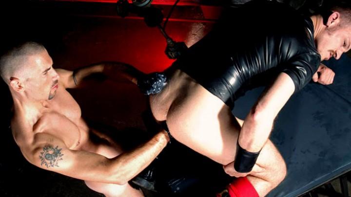 Soumi au mâle dominant