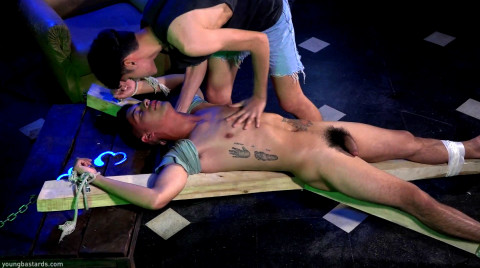 L20208 YOUNGBASTARDS gay sex porn hardcore fuck videos brit young twinks bbk bareback cum young eastern horny men spunk berlin bln fetish rough bdsm kinky sneakers session 01