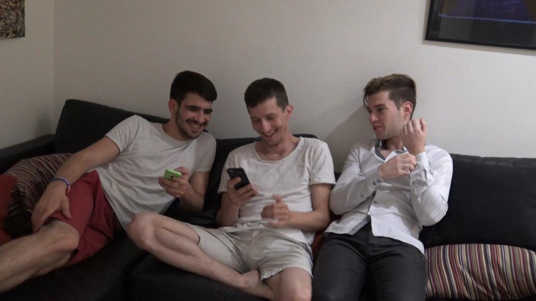 Plan cul de 3 jeunes français gay