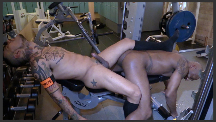 GYM SWEAT AND SEX