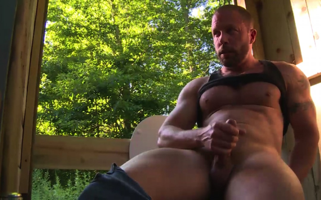 Big cocks with rustic toilets
