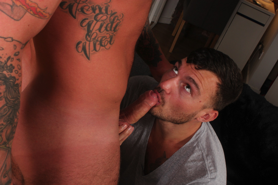 Finishing the week with a gay raw fuck