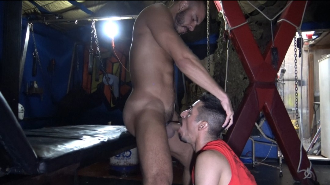 Daddy suck cock in glory holes and fucked