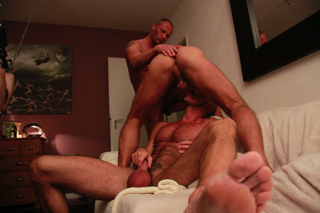 Ass-play and raw cock
