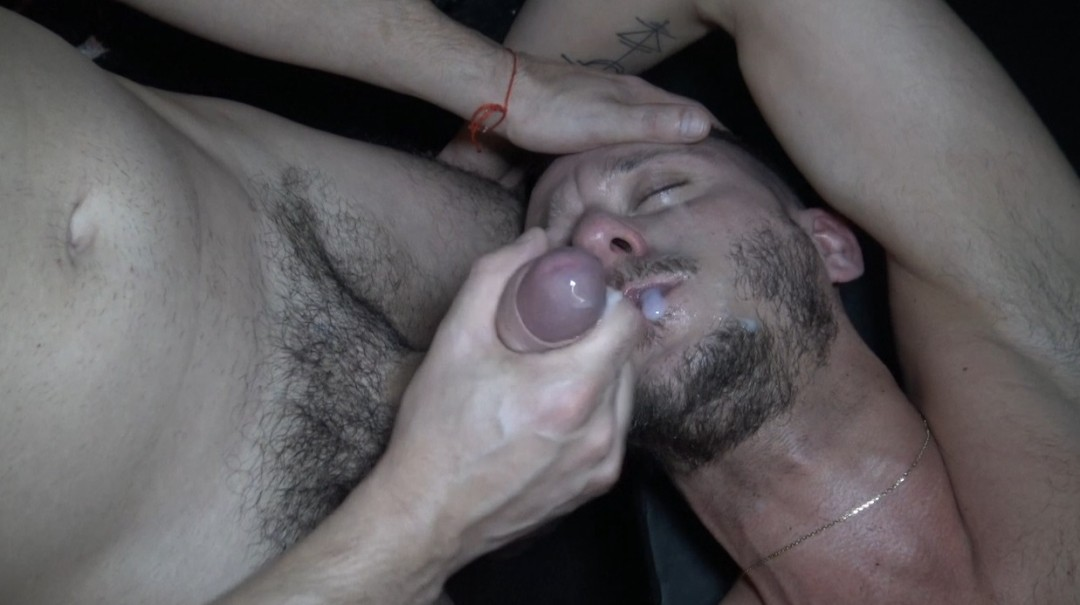 Hidden cam porn French twink fucked raw by top latino