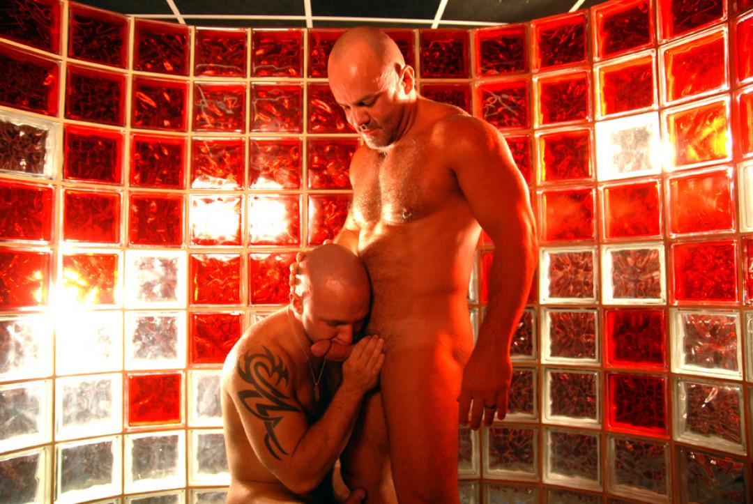 SexatSweatbox   scene2 (1)
