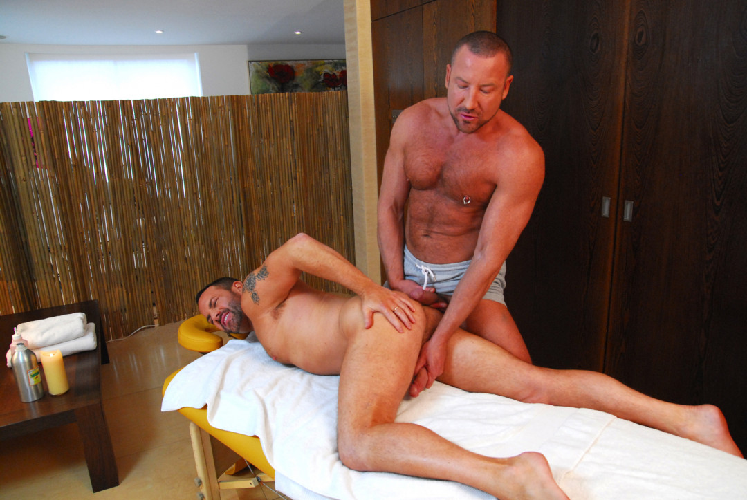 A gay massage for your ass