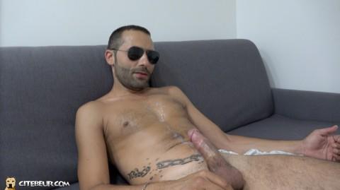 Cashteub, le modèle beur gay de Citébeur